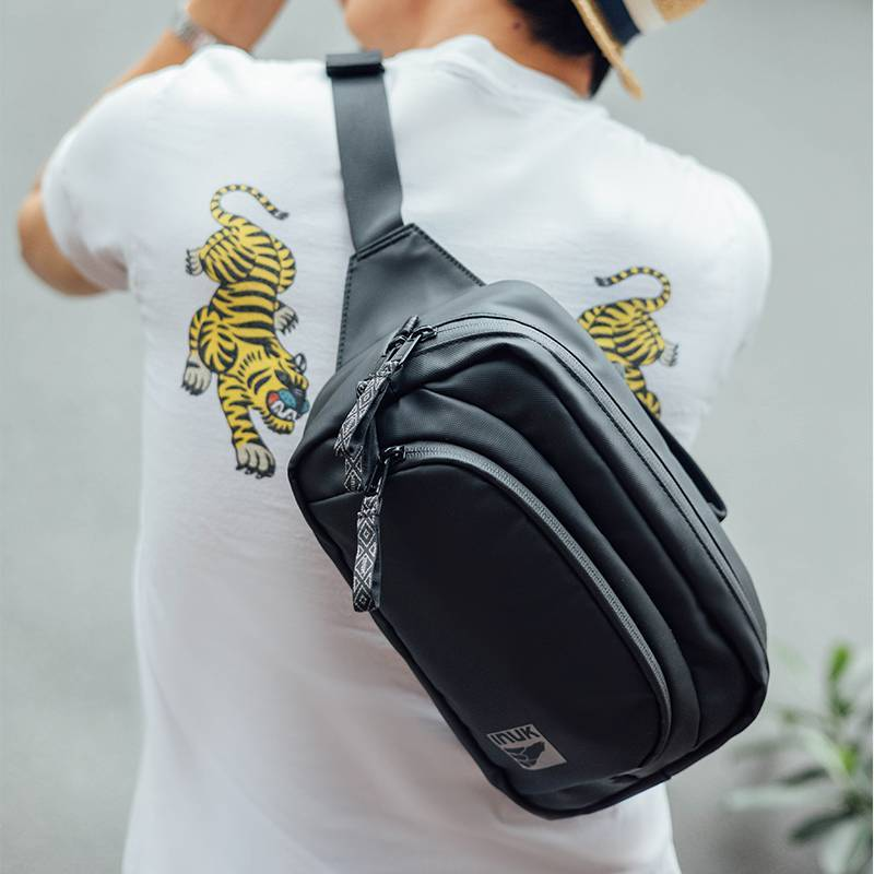 Inuk2021年新款夏季腰包男士胸包斜挎包时尚休闲潮流迷你手机包包